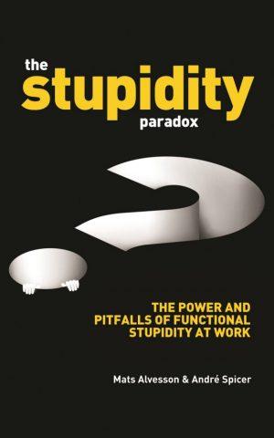 The Stupidity Paradox de Mats Alvesson et André Spicer, traite du brown-out